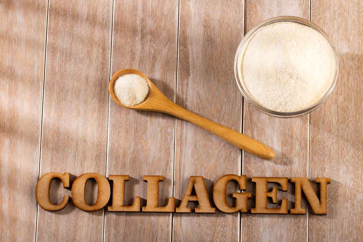 collagen in bowl and spoon